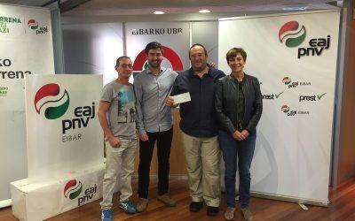 Arnasa recibe fondos del PNV de Eibar por el dia de Arrate