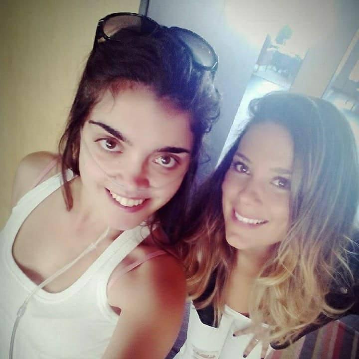 Andrea con la cantante Lorena