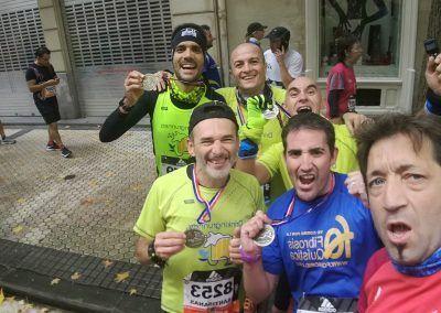 Jose Vicente y Patxi con otros corredores Behobia SS 2017