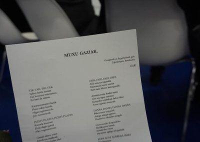 Poema muxu gaziak Crepitantes