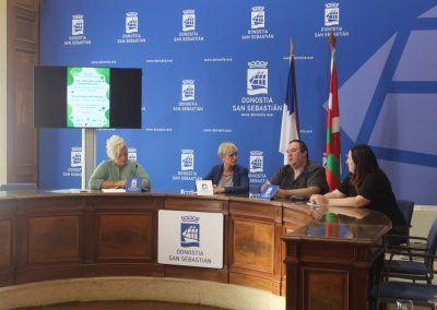 Presentación dia fq Donostia Oscar y Maider